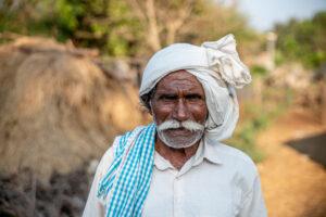 Contadino indiano foto scattata durante i viaggi solidali